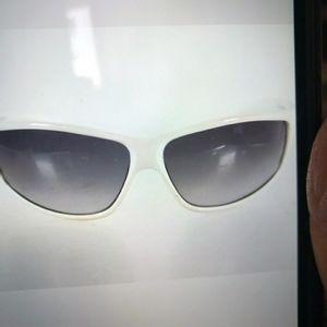 Gucci White wraparound sunglasses